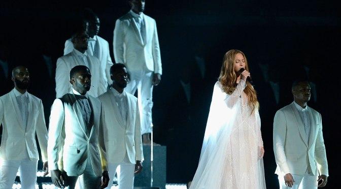 Watch Beyoncé Perform a Stunning Gospel Song at the 2015 Grammys