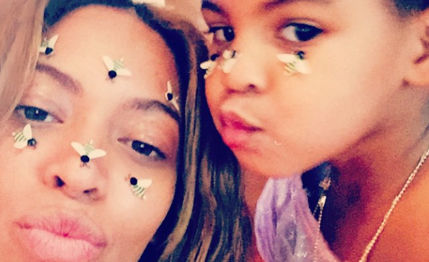 Stingin' With The Queen Bey! Beyonce & Blue Ivy Share A Silly Valentine's Day Selfie (PHOTO)